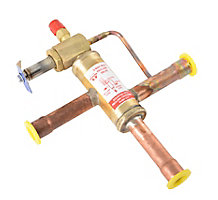 "3-Way Heat Reclaim Solenoid Valve, 5/8"" Connection Size, 400 MOPD, 650 MRP, 24/50-60 Volts/Cycles"