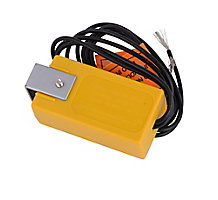 Research Products 51 Current Sensing Relay 100-125 VAC, 50-60 Hz, Voltage Range Yellow
