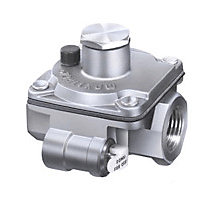 "1/2"" Poppet Style Gas Regulator with Orifice Breather Hole"